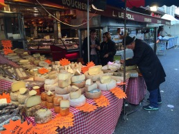 גבינות ישר מהסכין של האיכר