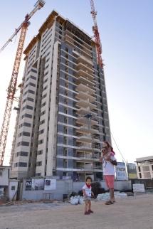 הבניין ביוני 2015