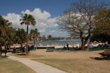 חוף מנלי