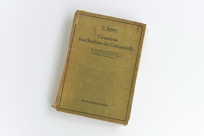 ספר גניקולוגיה