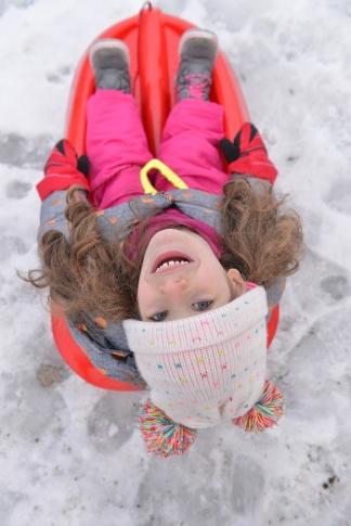 מחליקים על השלג