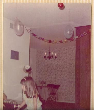 """שין אחותי, אמצע שנות ה-70, ארה""""ב"""