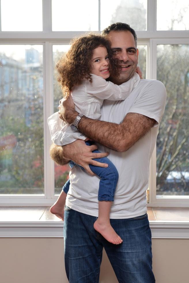 חיבוק אבא ובת גלית לוינסקי