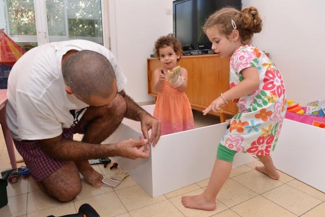ילדות בונות צילום גלית לוינסקי