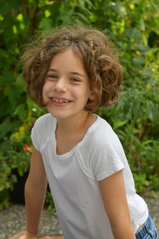 עלמה בת 8 3